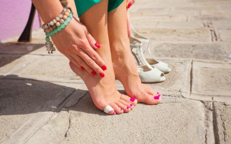 Jak radzić sobie z odciskami i pęcherzami na stopach?