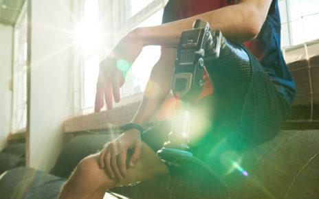 Proteza nogi, która zapewnia użytkownikom czucie