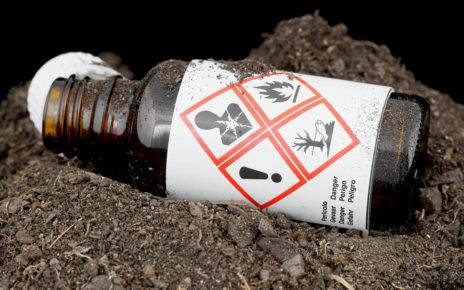Pierwsza pomoc w oparzeniu chemicznym