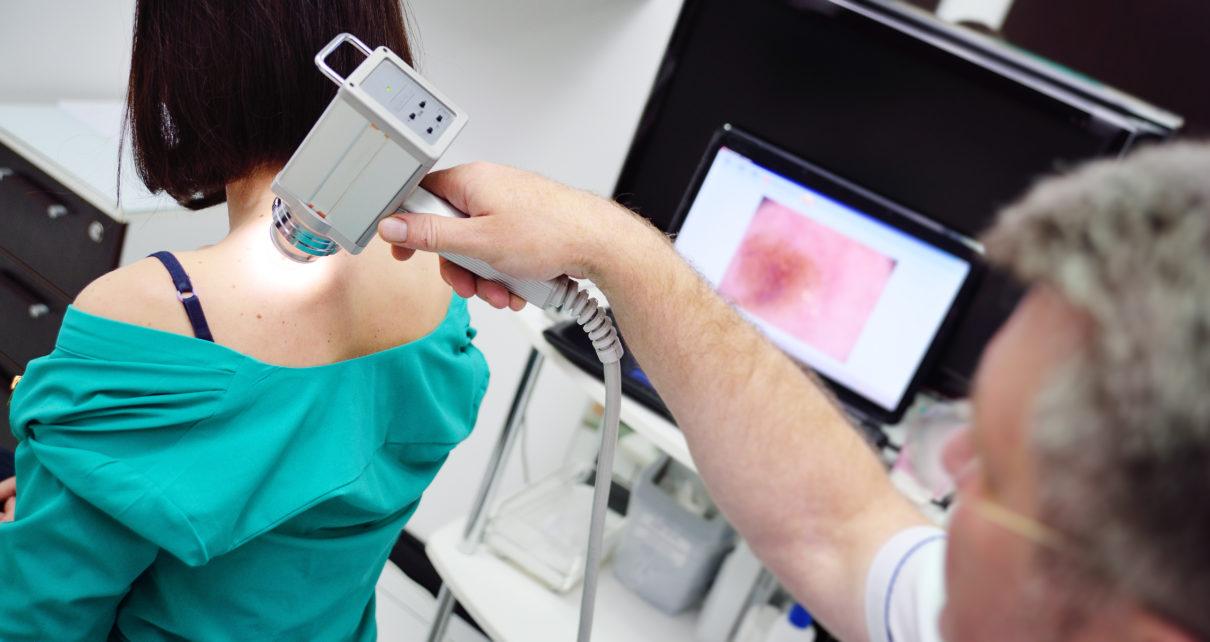 Jak wygląda ścieżka pacjenta przy podejrzeniu czerniaka?