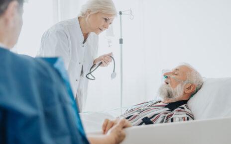 Opieka nad raną trudno gojącą się w opiece paliatywnej - na czym polega?